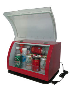 Innovative Mini Fridge 12liter, AC220V with Cooling for Beverage Show pictures & photos