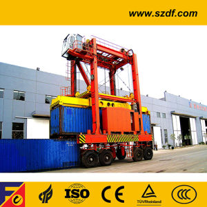Container Stacking Rubber Tyre Cranes/Container Straddle Carrier pictures & photos
