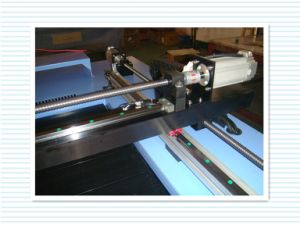 Popuar Laser Cutting Machine with Computer System