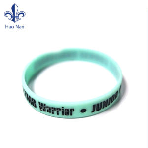 OEM Handicraft Silicone Wristband with Debossed Logo pictures & photos