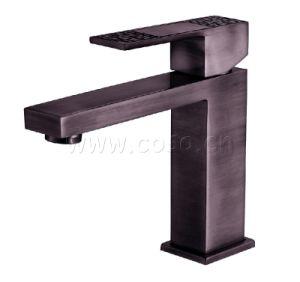 Cupc Approved Antique Design Copper Basin Faucet Basin Mixer Basin Tap Ad1071 pictures & photos