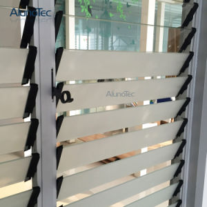Durable Manual Control Glass Blade Shutters pictures & photos