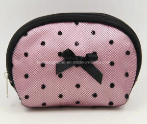 Lady Toilet Bag, Make up Cosmetic Bag Made of Satin with Foaming pictures & photos