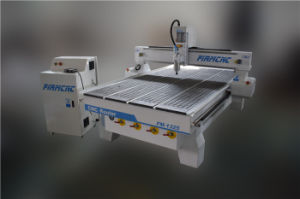 Wood CNC Router 1325 for Engraving Cutting Carving Wood pictures & photos