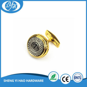 2017 Wholesale Gold Color Brass Cufflink for Men pictures & photos