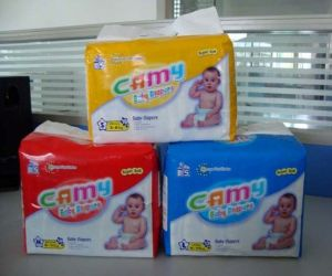 Disposable Camy Baby Diapers with PE Film pictures & photos