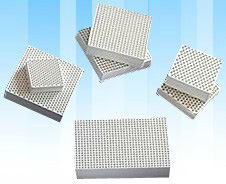 Honeycomb Ceramic Filter for Metallurgy (Cordierite, Mullite, Alundum Mullite) pictures & photos