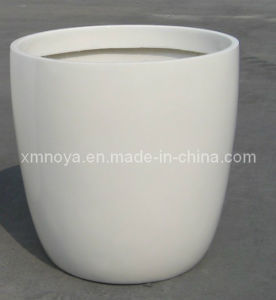 High Quality Fiberglass White Flower Pots for Outdoor Garden Decorative pictures & photos