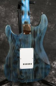 Ash Wood Body Burning Finish Ssh AlNiCo Pickups St Electric Guitar Guitarra All Color Available pictures & photos