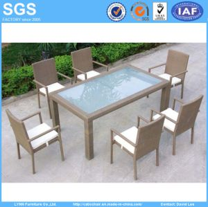 Outdoor Restaurant Modern Design Rattan Dining Chairs and Table pictures & photos