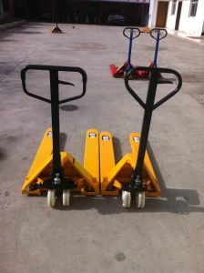 Manual Pallet Hydraulic Truck Carrier pictures & photos