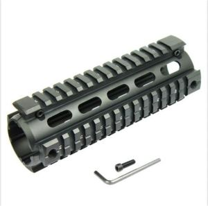 "Customed Carbine Length 6.7"" Handguard Picatinny Quad Rail pictures & photos"