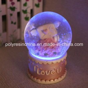 LED Snow Globe with Lighting Snow Ball Gifts pictures & photos