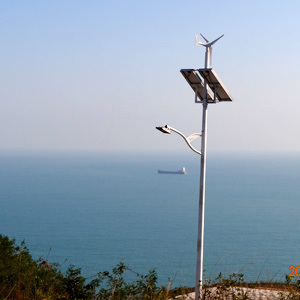 Wind Solar LED Streetlight, Wind and Solar Streetlighting pictures & photos