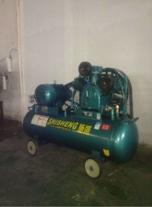 Protable Piston Air Compressor (SSH-6030) pictures & photos