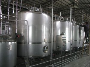 Full Automatic 4000b/H Cider Production Line pictures & photos