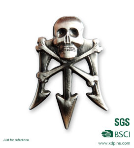 Newest Metal Zinc Alloy 3D Skull Badge for Promotion pictures & photos