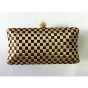 New Style Elegant Royal Gold & Black Checkered Pattern Women Party Bag (1013) pictures & photos