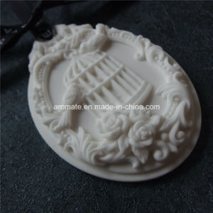 Oval Decorative Hanging Aroma Diffuser Car Air Freshener (AM-27) pictures & photos