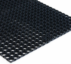 Best Quality Outdoor Grass Rubber Matting/Rubber Mat pictures & photos