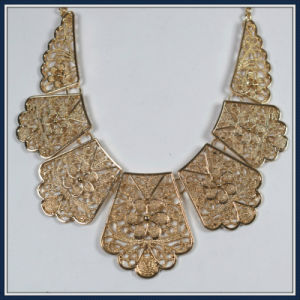 New Item Design Leaves Point Elegant Fashion Necklace Jewellery pictures & photos