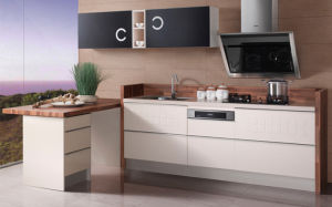 Kitchen Furniture Red High Glossy Lacquer Kitchen Cabinets (zz-070) pictures & photos