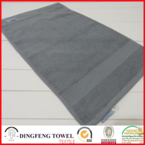 2016 Hot Sales 100% Organic Cotton Thick Jacquard Bath Towel with Satin Border Df-S366 pictures & photos