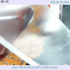 3.2mm/4mm Solar Tempered Glass with Ultra Clear Patterned Glass pictures & photos