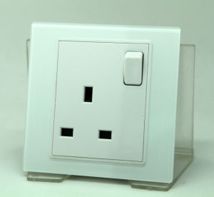UK Tempered Glass Wall Power Socket with Switch Max 13A 250V AC White Color