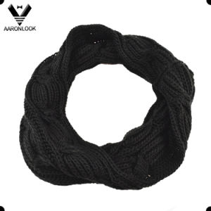 2017 Plain Yarn Dyed 3 Row Big Cable Knitting Snood Scarf pictures & photos