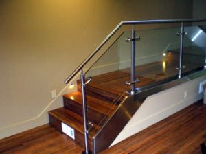 Decorative Indoor Balcony Railing Systems Staircase Railing pictures & photos