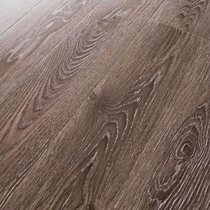 Synchronized Finishes Laminate Flooring pictures & photos