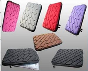 Waterproof EVA Sleeve for Tablet iPad Laptop (SI128) pictures & photos