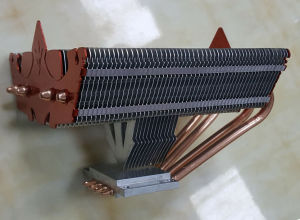 LED Heat Sink with Sintered Copper Heat Pipe pictures & photos