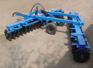 Double Folding Wings in Hydraulic Pressure Offset Middle-Duty Disc Harrow pictures & photos