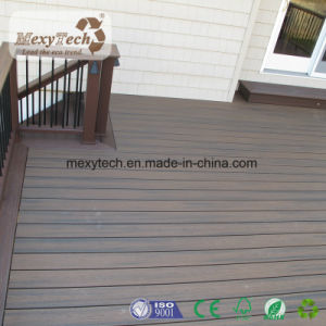 2017 New Outdoor Anti-UV Waterproof WPC Co-Extrusion Decking pictures & photos