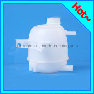 Plastic Expansion Tank for Renault Megane I 1995-2004 pictures & photos