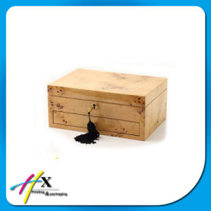 Custom Design Wooden jewelry Gift Box with Key Lock pictures & photos