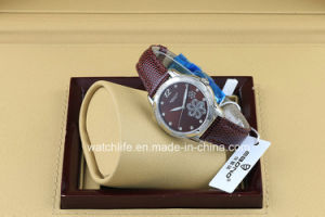 Flower Printing with Diamond Fashion Quartz Ladies Wrist Watch pictures & photos