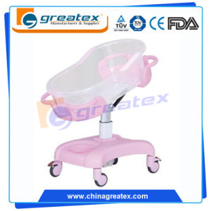 Ce ISO FDA Hospital Crib Transparent Plastic Baby Cart (GT-2310A) pictures & photos