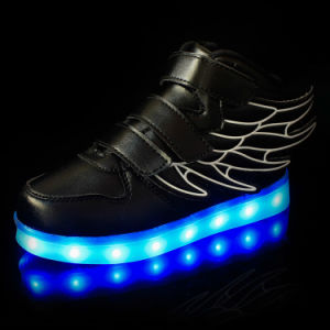2016 New Style Children′ S LED Light Shoes with High Quality pictures & photos