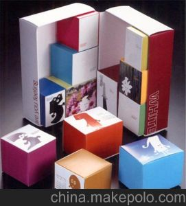 Custom Cosmetic Underwear Packing Folding Paper Box pictures & photos