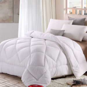 Home Textile 90% Feather Filled Bedding Sleeping Quilt pictures & photos