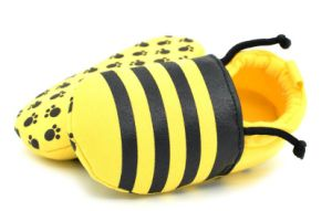 Lovely Bee Kids Indoor Shoes pictures & photos