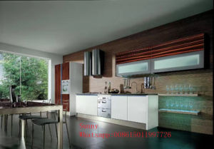 High Glossy UV Kitchen Cabinets with Woodgrain Pattern (customized) pictures & photos
