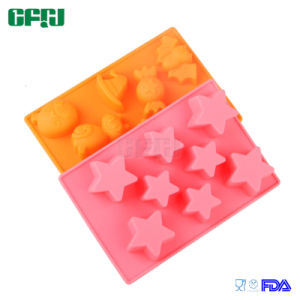 Promotion Gift Manufacturer FDA Food Grade Silicone Star Shaped Ice Cube Tray pictures & photos