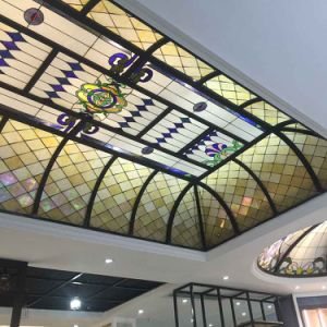 High Quality Residential House Decoration Tempered Stained Glass Mosaic Ceiling pictures & photos