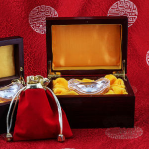 The Gold and Silver Yuanbaofu Pure Silver Is a Simple Element pictures & photos