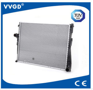 Auto Radiator Use for BMW 17119071518/17111611557 pictures & photos