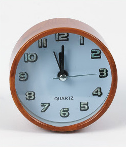 Fashion Clock/Round Clock/Plastic Wall Clock pictures & photos